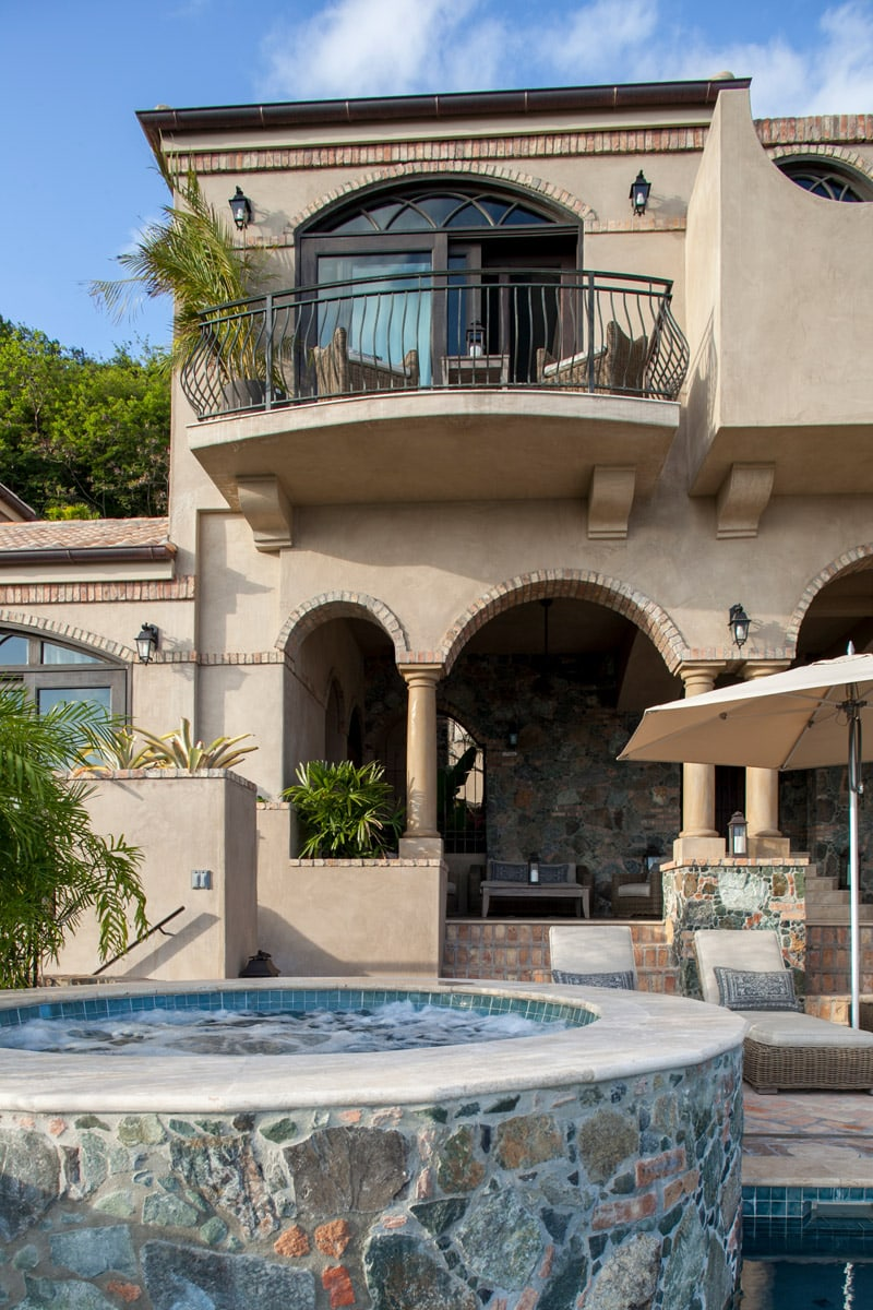 Hot Tub And Exterior